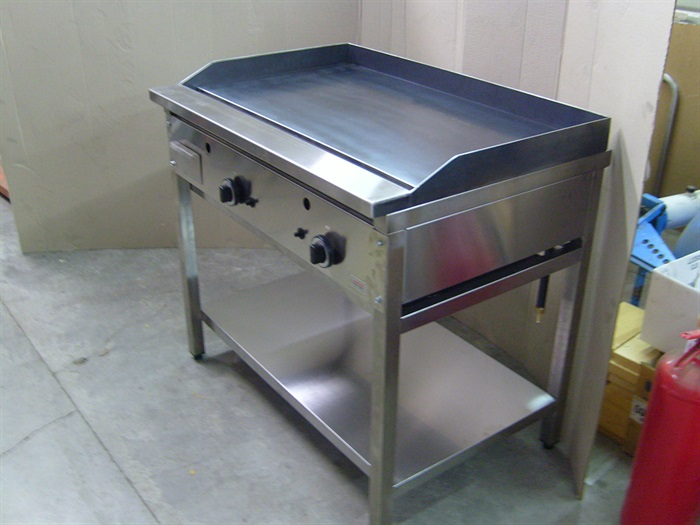Plinski roštilj AR-100